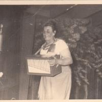 """Bunter Abend: """"Kunterbuntes"""" gab es von der Narrenmutter Maria Schäfer."""