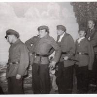 Bunter Abend: Militär, der Angsttraum eines Jugelfers. v.l.n.r.: E. Schaer, W. Rupp, E. Volz, B. Ramsperger, W. Mutter, W. Knäbel.