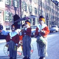 Schmutziger Donnerstag: Die drei kleinen Clowns. V.l.n.r.: Dirk, Bernd und Michael Mutter.