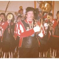 Der Fanfarenzug unter der Leitung von Herbert Heinrich spielte beim Kinderball der Schneckenburg im Ziegelhof.