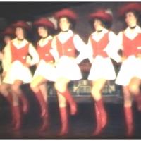 Narrenkonzerte im Konzil: Die Mädchen der Garde noch einmal traditionell im Gardekostüm.