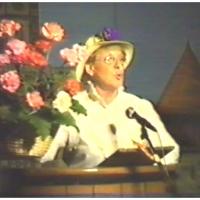 11.11. in der Handwerkskammer: Ansagerin Elli Bischoff.
