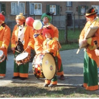 Die Clowngruppe unterwegs am Rosenmontag.