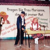 Narrenkonzerte im Konzil: Es wirkten mit: Dieter Stöß (Bild), Ekkehard Moser, Wolfgang Theuerjahr. Begleitung: Norbert Fiedler. Text Uwe Fiedler und Ekkehard Moser.