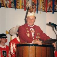 70 Jahre Schneckenburg: Präsident Alex Volz I. eröffnete den Abend.