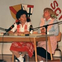 70 Jahre Schneckenburg: Aus Ihrer Jugend konnten Elfriede Bischoff und Helga Matheis berichten.