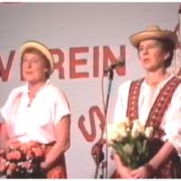 11.11. in der Handwerkskammer: S'Roseresle und s'Tulpenmariele alias Elfriede Bischoff und Helga Matheis.