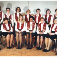 75 Jahre Schneckenburg: Die aktuellen Elferfrauen der Schneckenburg im Jahre 1996.