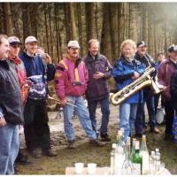 Narrenbaumholen in Hegne: Die Clowngruppe immer mit dabei.