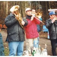 Narrenbaumholen in Hegne: Sie untermalten musikalisch das Geschehen.