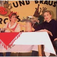 11.11. in der Linde: Der ganz normale Wahnsinn mit Birgit, Julia und Hans-Peter Pfundstein (nicht im Bild).