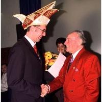 Verabschiedung von Präsident Alex Volz: Alex bedankte sich beim zukünftigen Präsidenten Jürgen Stöß.
