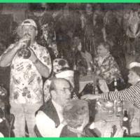 80 Jahre Schneckenburg: Die Clowngruppe eröffnet den Abend.