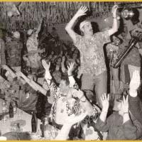 80 Jahre Schneckenburg: Und sofort war Stimmung im Saal.