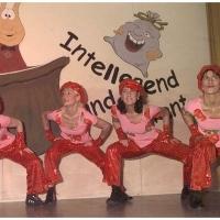 """11.11. in der Linde: """"Born to be Alive"""" mit der Tanzgruppe """"Just for Fun"""" unter der Leitung von Ute Hofmeier."""
