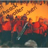 11.11. in der Linde: Die Clowngruppe unter der Leitung von Gerd Zachenbacher beschließt den Abend.