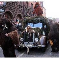 Umzug in der Stadt: Auch das neue Schneeschreckauto ist unterwegs.