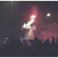 Verbrennung auf dem Stefanplatz: Dann brannte die Puppe.