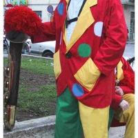 Clowngruppe beim Carneval in Viareggio: Bald konnte es los gehen.