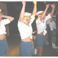 """11.11. in der Linde: """"Holiday"""" mit der Tanzgruppe """"Just for Fun"""" unter der Leitung von Ute Hofmeier."""