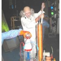 11.11. in der Linde: Zwei Elfer werden getauft. Dirk Mutter als Doktor Frankenstein.