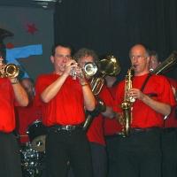11.11. in der Linde: Zum Abschluß spielt die Clowngruppe unter der Leitung von Gerd Zachenbacher.