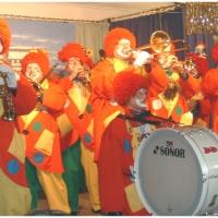 Rosenmontag war Clowntag: Besuch beim Kaffeenachmittag der Seehasen im Göbelbecker-Kindergarten.