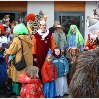 Schmutziger Donnerstag: Besuch im Kindergarten Maria Hilf.