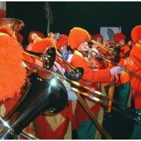 Schmutziger Donnerstag: Die Clowngruppe spielte im K9 bei der Altana-Party.