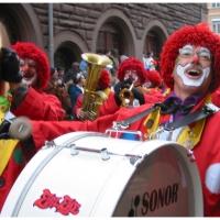 Umzug Fasnachtssonntag: Auch die Clowngruppe durfte nicht fehlen.
