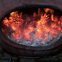 Räuberfest bei Ferdi: Gegen später wurde noch ein Feuer entzündet.