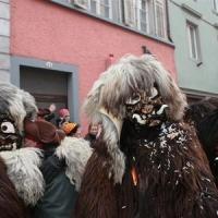 Umzug Fasnachtssonntag: Der Schneeschreck beim Umzug.