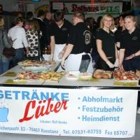 Männerballett-Treffen vom Schbeeschreck: Auch bei der Essenausgabe konnte es los gehen.