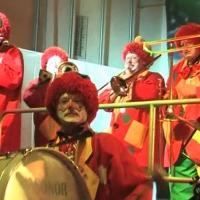 Rosenmontag: Die Clowngruppe beim Auftritt in Radolfzell.