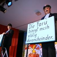 """11.11. in der Linde: Mit """"Herzlich Willkommen"""" begrüßten Ekki Moser und Heinz Auer das Publikum."""