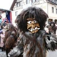 Sonntags-Umzug in Allensbach: Und dann der Schneeschreck.