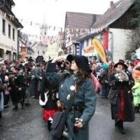 Sonntags-Umzug in Allensbach: Danach folgte der Räuber.