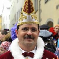Fasnachtssonntag, Umzug in der Stadt: Umzugsbegleiter Jörg Becker stand auf seinem Posten.