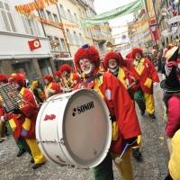 Fasnachtssonntag, Umzug in der Stadt: Wie immer lief die Clowngruppe voran.