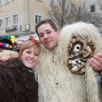 Schmutziger Donnerstag: Der Schneeschreck, einmal ohne Maske.