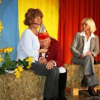 """11.11. in der Linde: """"Elferrat sucht Heim"""" mit Dagmar Hohensteiner, Sabine Schieß und Heinz Auer."""