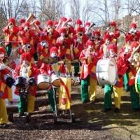 Rosenmontag mit der Clowngruppe: Gruppenbild im Hindenburgblock.