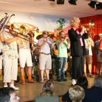 11.11. in der Linde: Das Programm eröffnete wie gewohnt die Clowngruppe der Schneckenburg.