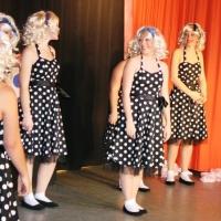 """11.11. in der Linde: """"Grease Lightning"""" mit dem Schneckenburg-Ballett """"Girls-United"""" unter der Leitung von Ute Hofmeier und Sonja Lohrer."""