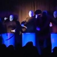 """11.11. in der Linde: """"Blaue Männergroup"""" mit dem Männerballett der Schneckenburg unter der Leitung von Karin Ott."""