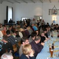 Ordensverleihung mit Weißwurstfrühstück: Der Saal des Musikvereins Eintracht Petershausen war voll besetzt.