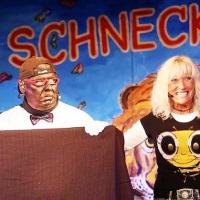11.11. in der Linde: Sabine Schiess als Bauchrednerin. In der Puppe steckte Heinz Auer.