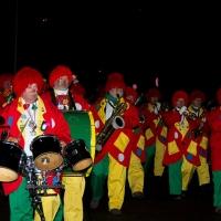 Narrenbaumstellen auf dem Gottmannplatz: Am Schluß folgte die Clowngruppe.