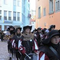 Umzug am Fasnachtssonntag in der Stadt: Danach folgten die Spieler in Reih und Glied.
