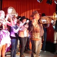 11.11. in der Linde: Zum zweiten Teil des Programms spielte der Fanfarenzug unter der Leitung von Alexander Urban auf.